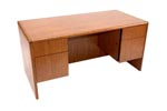 LM3060 <br> Oak Laminate - Executive Desk 30 x 60